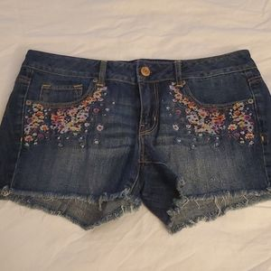American Eagle Denim Shirts with Colorful Applique